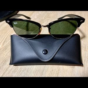 Ray-Ban Clubmaster (small) RB4132